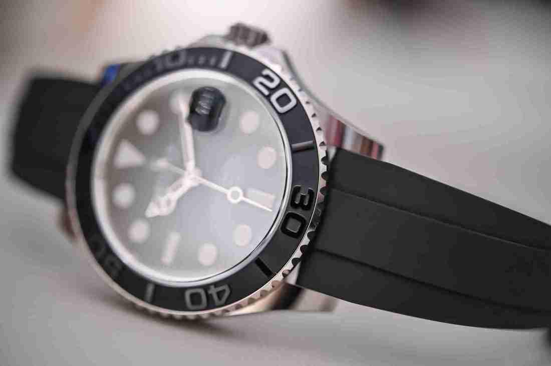 Replicas de relojes Rolex Yacht-Master 42 oro blanco 226659 recomendado para Viernes negro 3